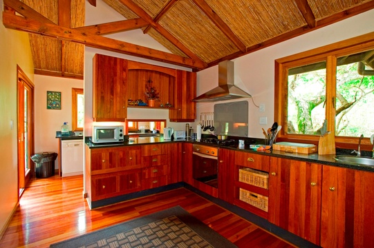 Kitchen, Lodge, Bushwillow Collection